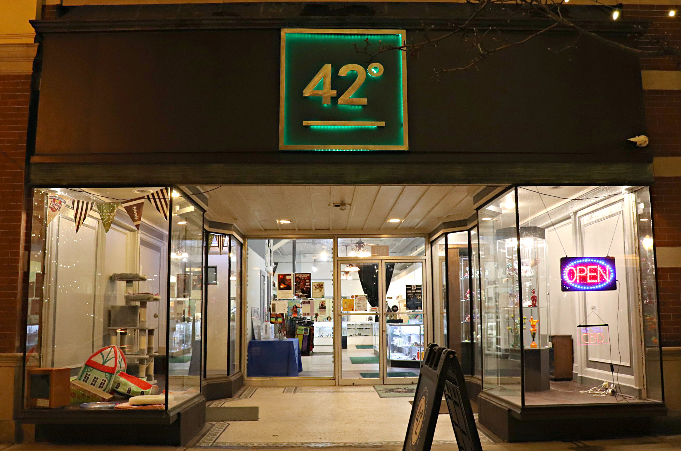 Storefront at 42 Degrees Functional Art Glass Gallery in Glens Falls, NY